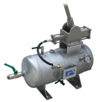 Manually driven emergency compressor T8-30